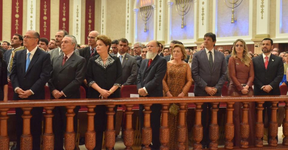 A presidente Dilma Rousseff (PT), seu vice, Michel Temer (PMDB), o prefeito de São Paulo, Fernando Haddad (PT), e o governador de São Paulo, Geraldo Alckimin (PSDB), participaram da cerimônia de inauguração do Templo de Salomão, da Igreja Universal do Reino de Deus, ao lado do Bispo Edir Macedo. Foto: UNICom