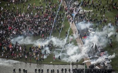 Tiro, porrada e bomba: a crise mortal da democracia representativa no Brasil