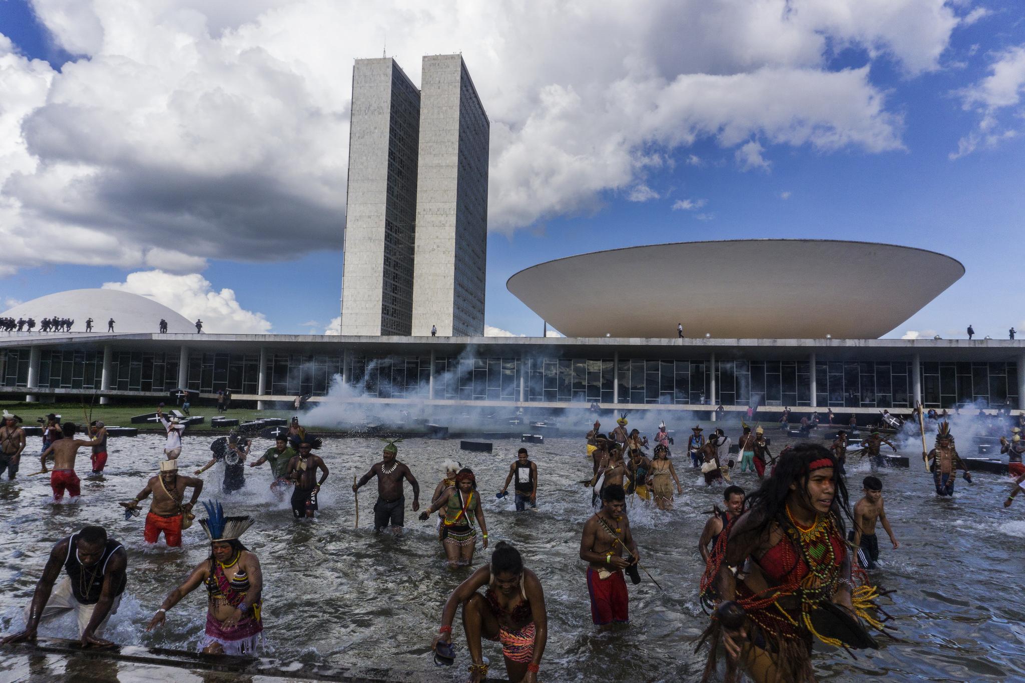Fotos: Rogério Assis / Mobilização Nacional Indígena