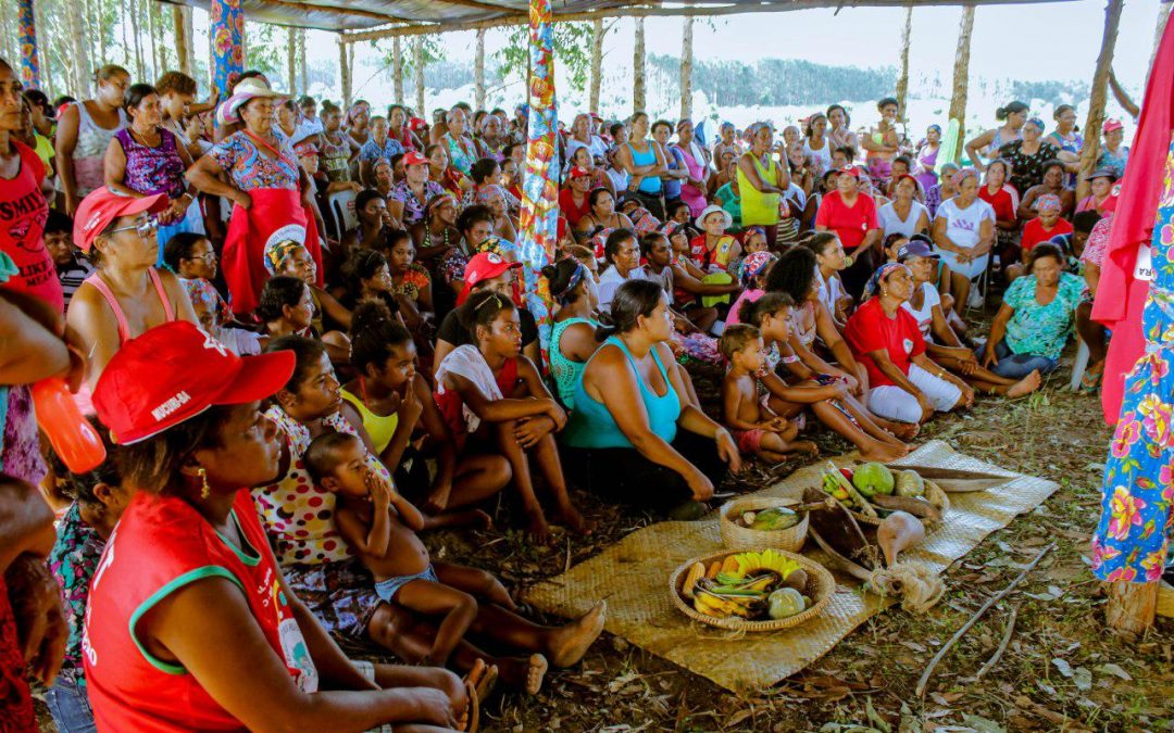 #2018M: Mil trabalhadoras ocupam fazenda Céu Azul na Bahia