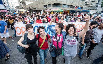 Explique seu voto! Midialivristas da Argentina e Uruguai vão às ruas de SP entender o eleitorado do Brasil
