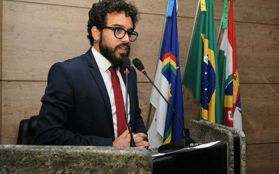 Vereador de Caruaru cria projeto para evitar coação de professores