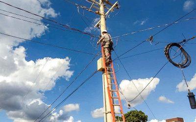 Energia elétrica chega a assentamento Nova Planaltina no Distrito Federal