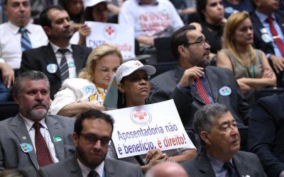 Frente de Parlamentares foi lançada no Congresso em defesa da Previdência Social