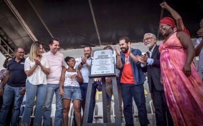 Famílias do MTST recebem chaves de 910 apartamentos em Santo André