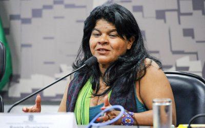 Sonia Guajajara da aula de história sobre povos indígenas à senadora do PSL