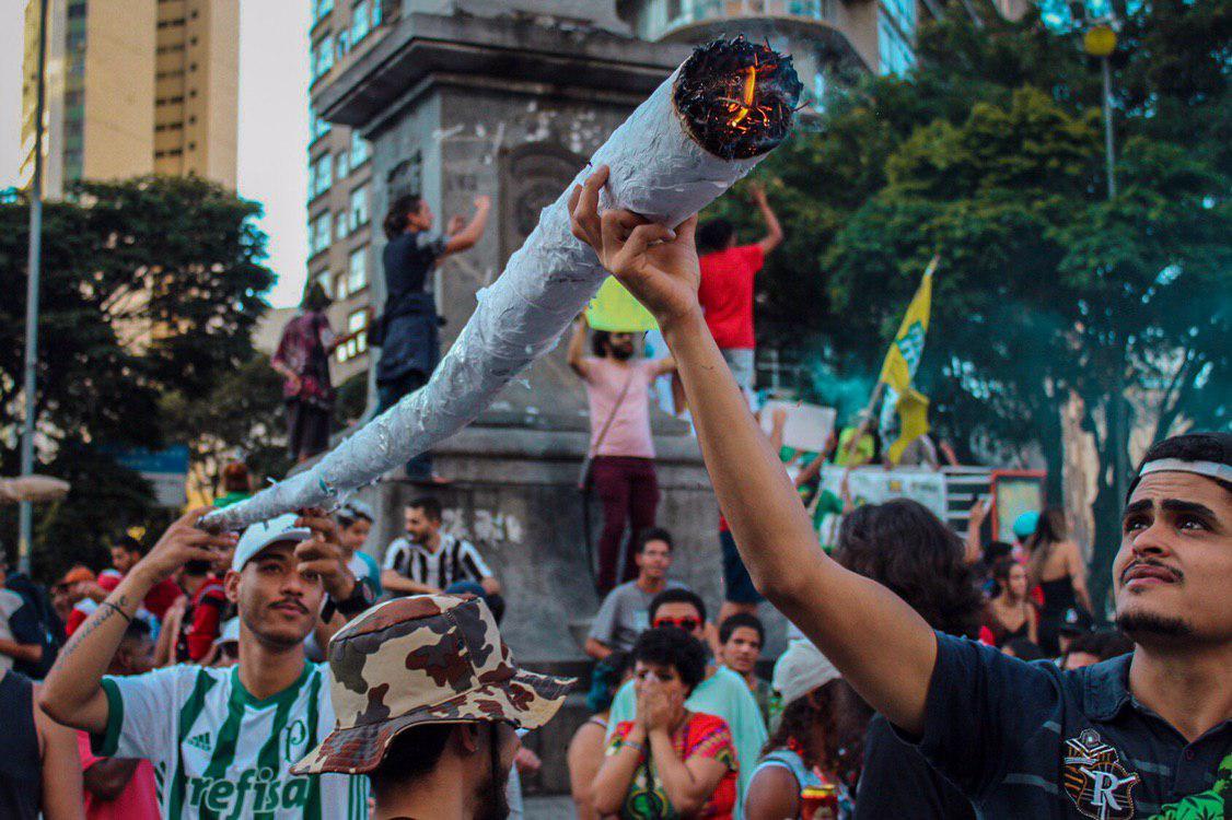 photo 2019 05 25 23 23 13 2 Marcha da Maconha em BH leva milhares às ruas pela legalização