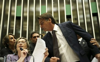 Bolsonaro pede desculpas à Maria do Rosário pelo Twitter