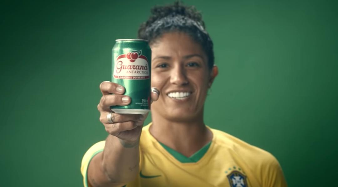 #CoisaNossa: Quem faz propagandas com jogadoras de futebol?