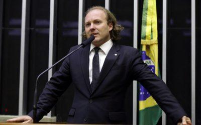 """""""É uma maluquice"""", afirma Rodrigo Agostinho sobre política ambiental do governo"""