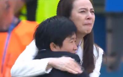 Gol da valente Tailândia emociona estádio durante jogo contra Suécia