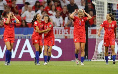 Em noite de Alex Morgan, Estados Unidos confirma favoritismo e vai para sua quinta final em Copas do Mundo Feminina