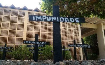 Estudantes protestam contra violência contra mulheres no campus da UFPI de Parnaíba