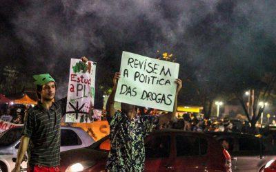 Não se combate o tráfico na favela