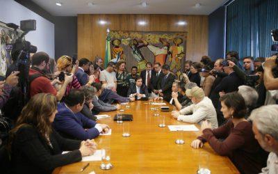 Ex-ministros do Meio Ambiente pedem suspensão de projetos prejudiciais ao ambiente