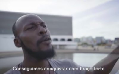 """Nigeriano denuncia uso de sua imagem em propaganda de Bolsonaro: """"esse governo não me representa"""""""