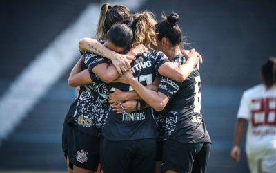 Corinthians vence Flamengo e está na final do Brasileirão
