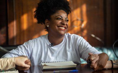 Emocionante: Preta Ferreira fala em liberdade após prisão política de 108 dias