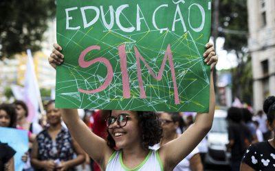 Estudantes NINJA debatem ao vivo Fundeb, cortes e future-se