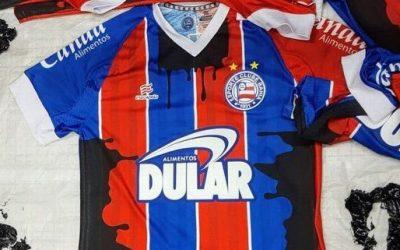 Esporte Clube Bahia jogará próxima partida com camiseta manchada de óleo
