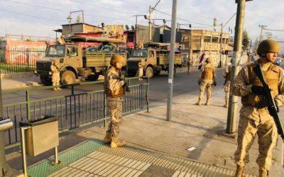 Governo chileno reprime com violência protestos contra o aumento da tarifa do transporte público