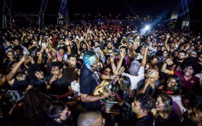 Favela Sounds terá mais de 24 atrações gratuitas; Black Alien, Tássia Reis, Tuyo e Majur estão na programação
