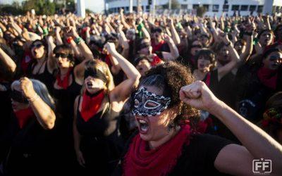 El violador eres tu – o que é a performance que o mundo está reproduzindo?
