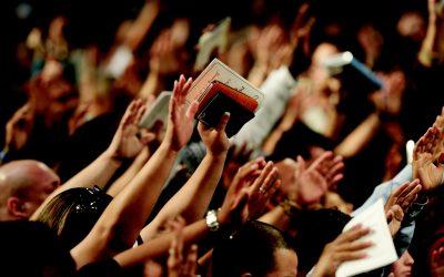 Quando se demonizam os evangélicos…