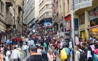 Cerca de 25% dos desempregados no Brasil estão à procura de emprego há dois anos ou mais