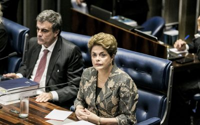 Dilma contesta decisão do STF de negar-lhe defesa das acusações do impeachment