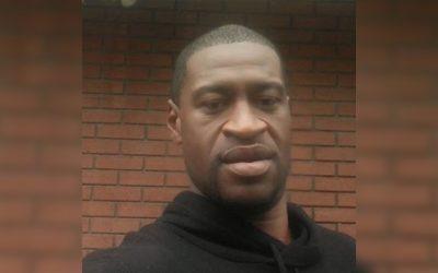 Vídeo mostra policial de joelhos sobre o pescoço de um homem negro até matá-lo