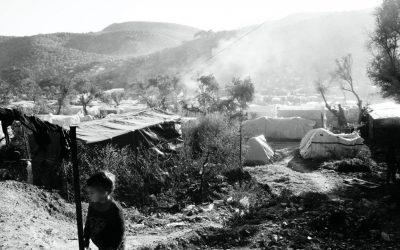 """""""A cortina de fumaça do campo de Moria"""" – Ensaio fotográfico de Fellipe Lopes"""
