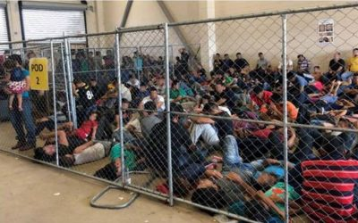 O limbo dos imigrantes brasileiros detidos na fronteira entre EUA e México