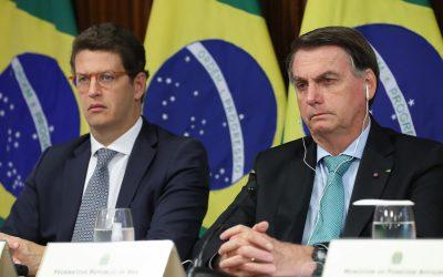 Bolsonaro, mais uma vez, mente e envergonha o Brasil