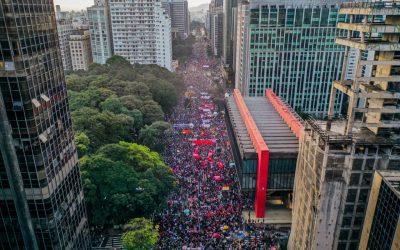 Brasil nas ruas pelo impeachment e por vacina para todos