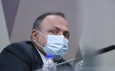 Relator aponta ao menos 15 mentiras de Pazuello em CPI