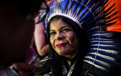 """""""Não queremos esse modelo econômico altamente destrutivo e predatório"""", afirma Sônia Guajajara"""