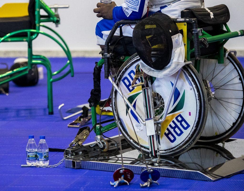 Imagem de uma cadeira de rodas