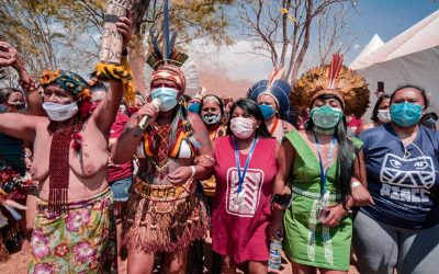 """II Marcha Nacional das Mulheres Indígenas: """"Não lutar com a mesma arma do inimigo, não significa que estamos desarmados"""""""
