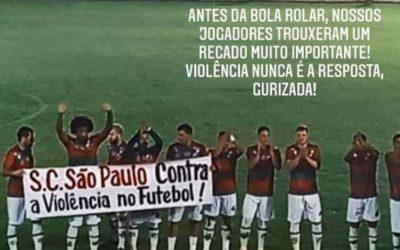 São Paulo de Rio Grande protesta em campo contra a violência no futebol